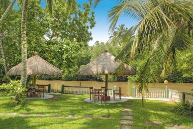 Resort Muthumuni Ayurveda River Sri Lanka